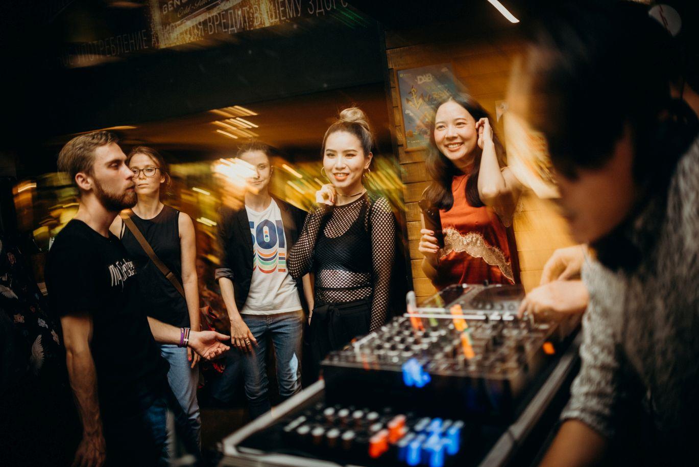 V-ROX В DAB (DJ-CODE)